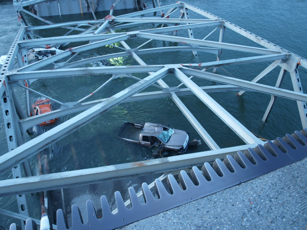 Coluccio-trucking-law-Bridge-collapse