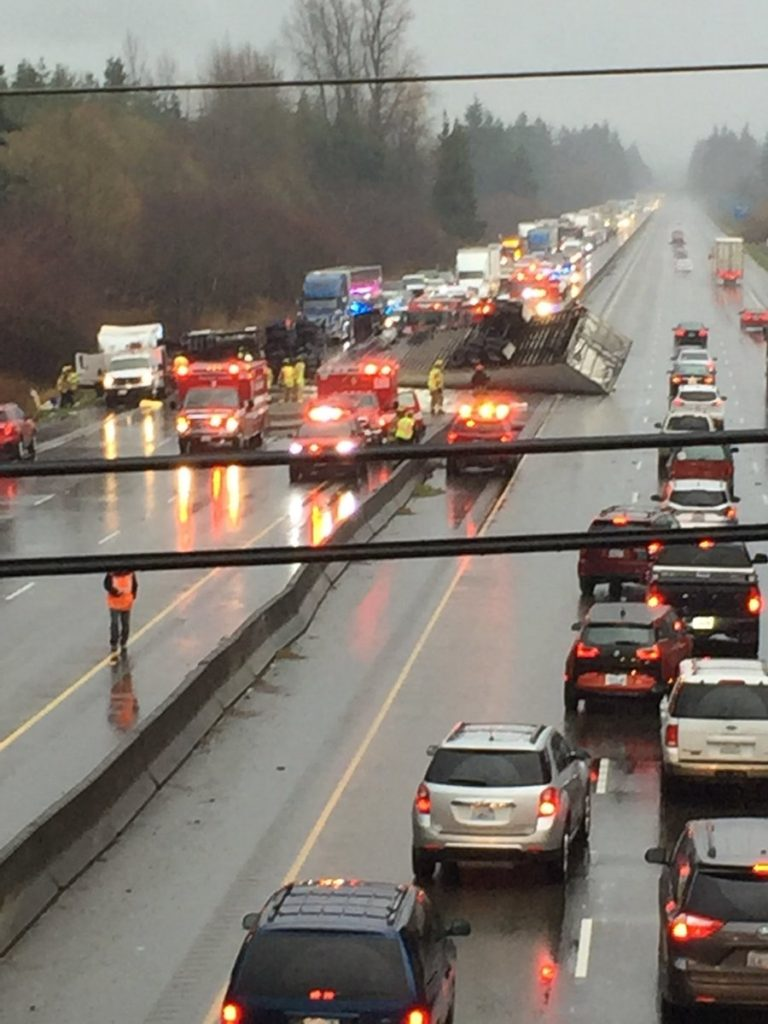 Thurston County_truck crash I5_traffic jam